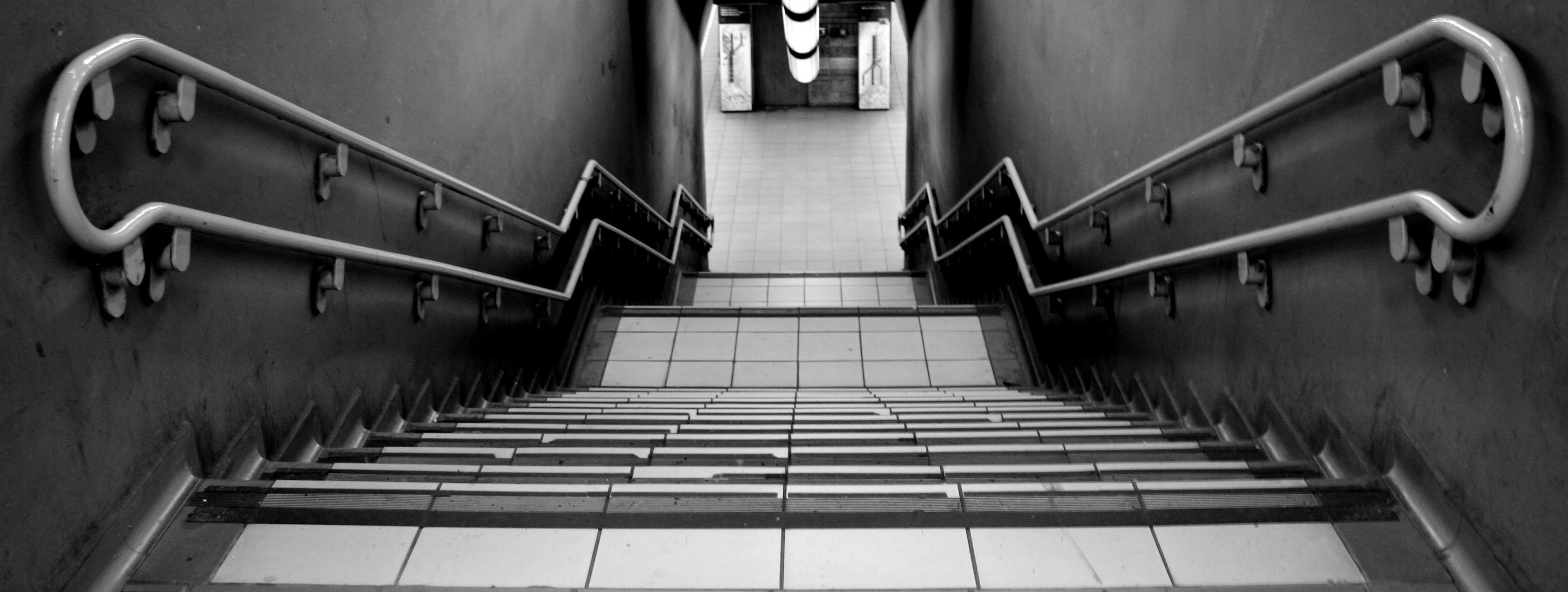 Milan_stairway3-1